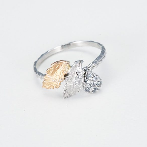Köves fehérarany gyűrű