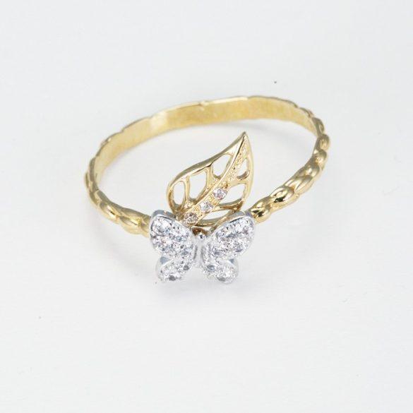 Köves pillangó mintás arany gyűrű