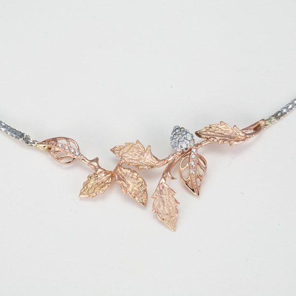 Rosé leveles fehérarany nyaklánc