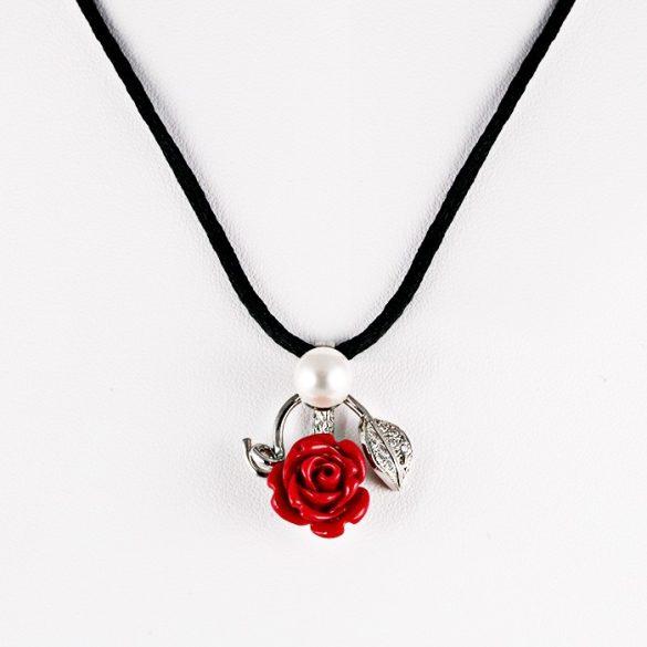 Ezüst Nyaklánc Vörös Rózsa Medállal