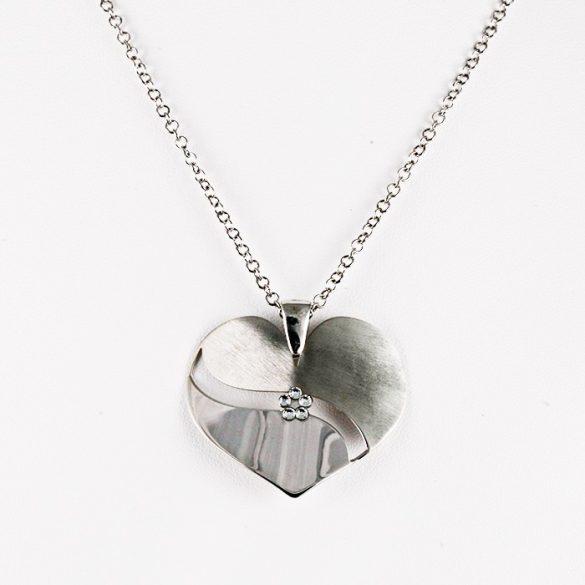 Ezüst Nyaklánc Szív Medállal és Kővel